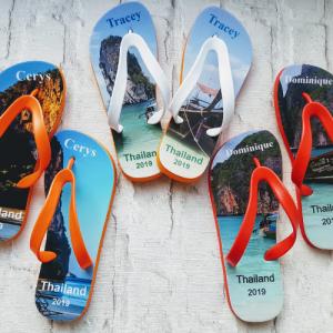 3 pairs of Flip Flops