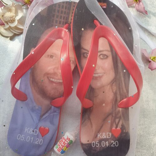 Full Flip Flop image of happy couple